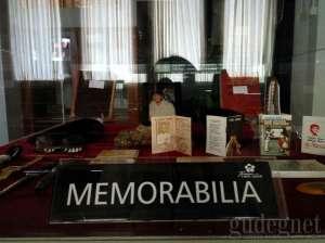 Koleksi di Museum Taman Tino Sidin