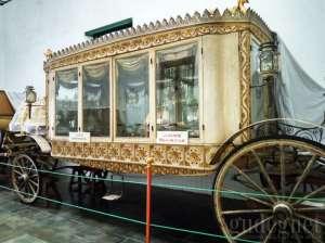 Kareta Roto Praloyo digunakan untuk membawa jenazah Sultan ke pemakaman Imogiri