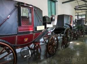 Koleksi kareta di  Museum Kareta Kraton Yogyakarta