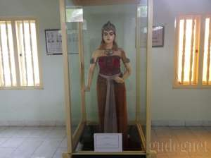 Koleksi di Museum Wayang Kekayon
