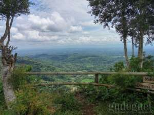Pemandangan alam dari Bukit Lintang Sewu