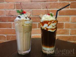 Long Brick Coffee & Brick Frappe Caramel
