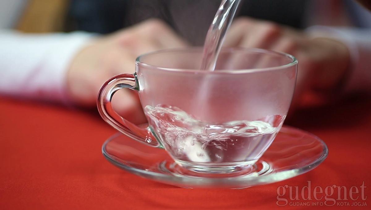 3 Manfaat Minum Air Hangat Di Pagi Hari Yogya Gudegnet