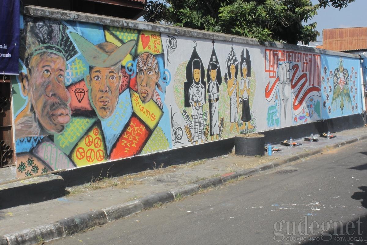 Mural anyar menghiasi dinding di tiga wilayah kota jogja
