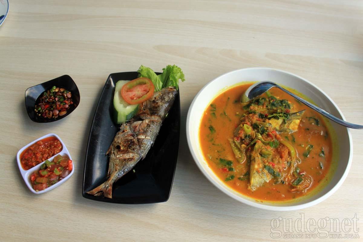 Cita Rasa Masakan Khas Sulawesi di Katombo Resto
