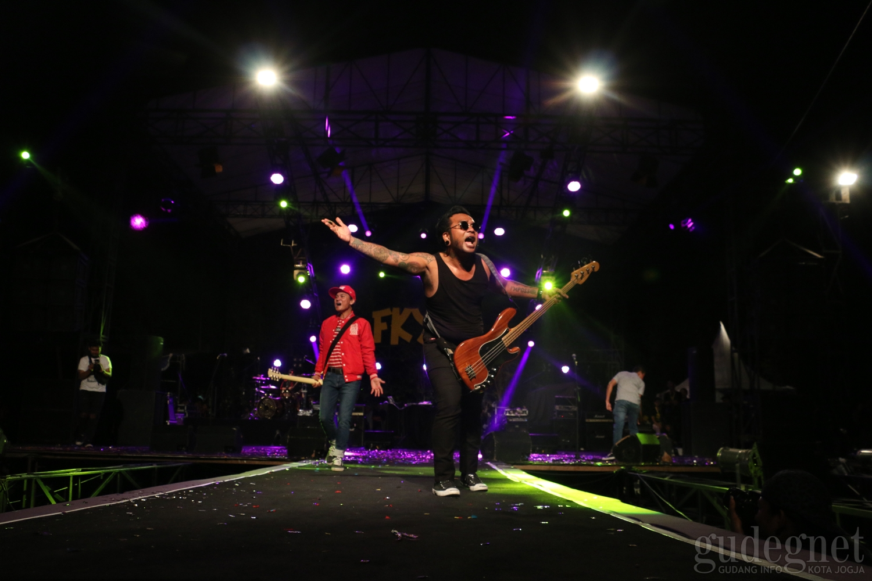 Gugur Gunung Concert FKY#30 Kumpulkan Donasi Untuk Korban Gempa Lombok