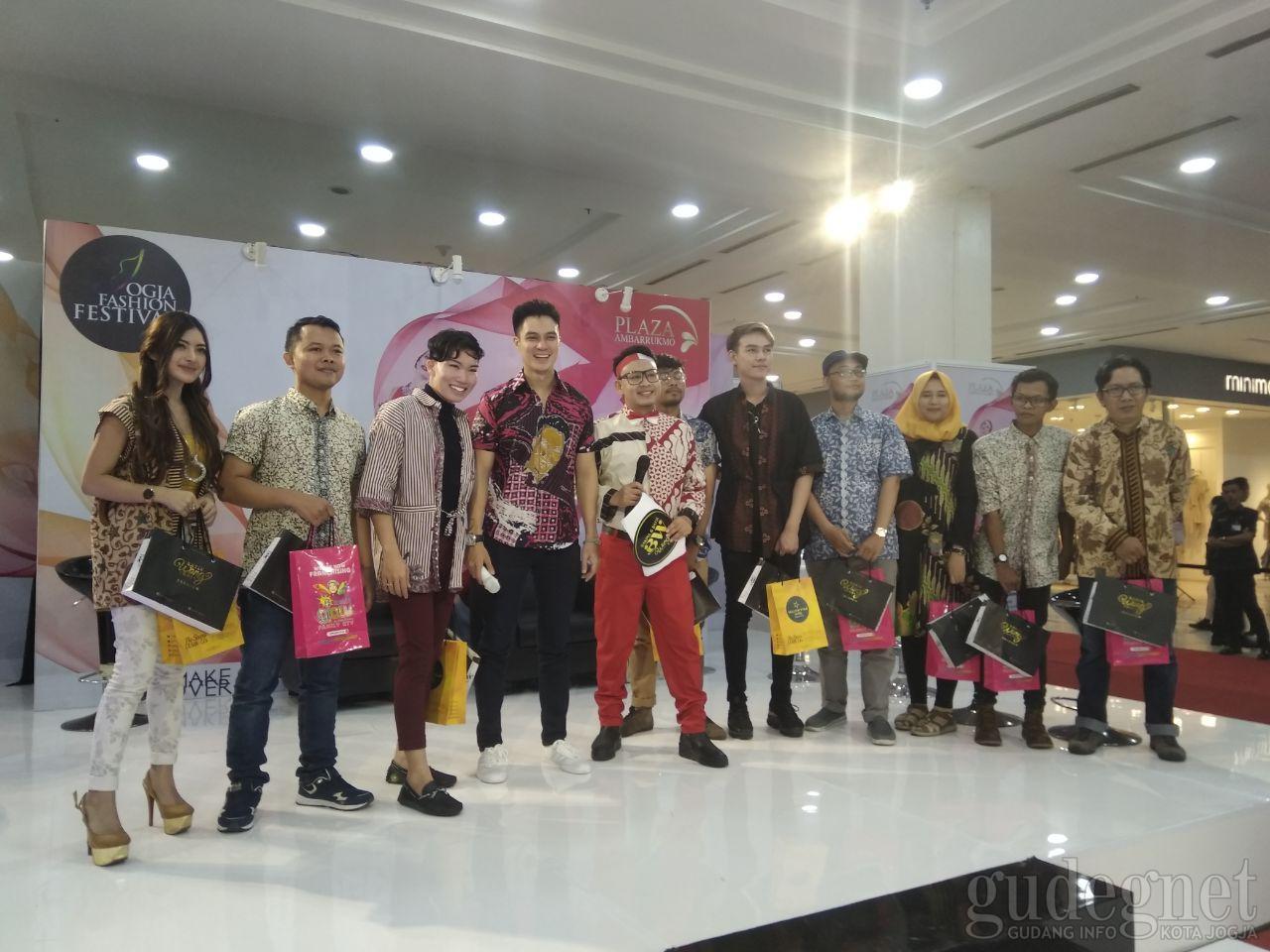 Baim Wong Ceriakan Event Fashion Hype Plaza Ambarrukmo