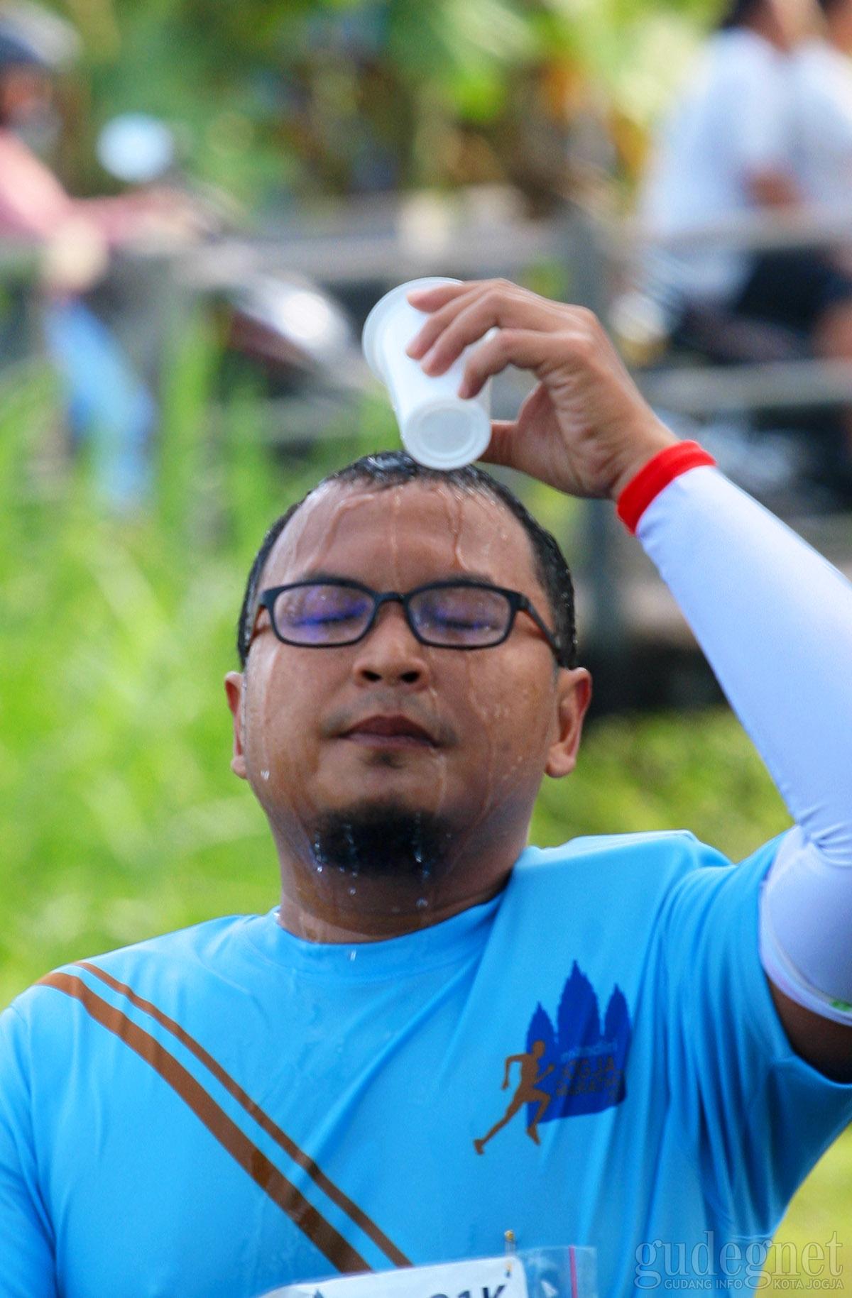 Tips Terhindar dari Dehidrasi Musim Panas