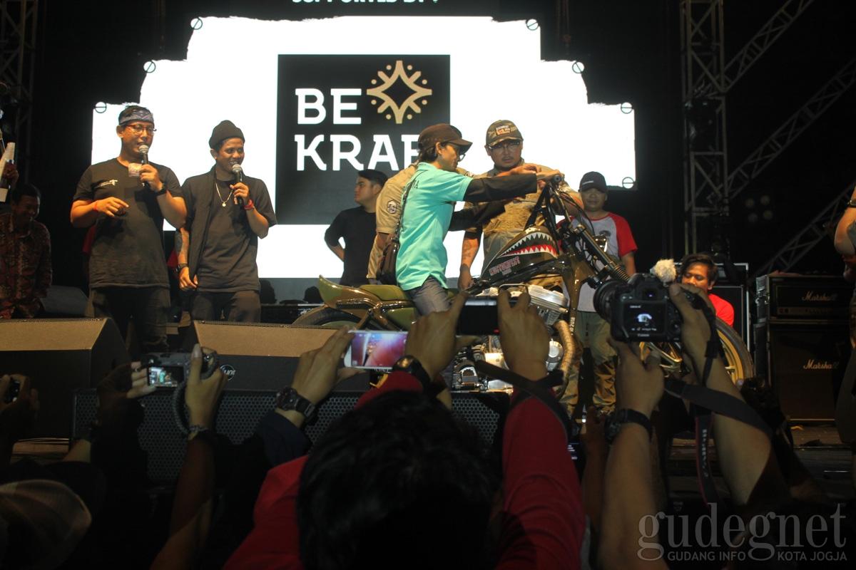 Pemuda Aceh Menangi Lucky Draw Kustomfest 2018