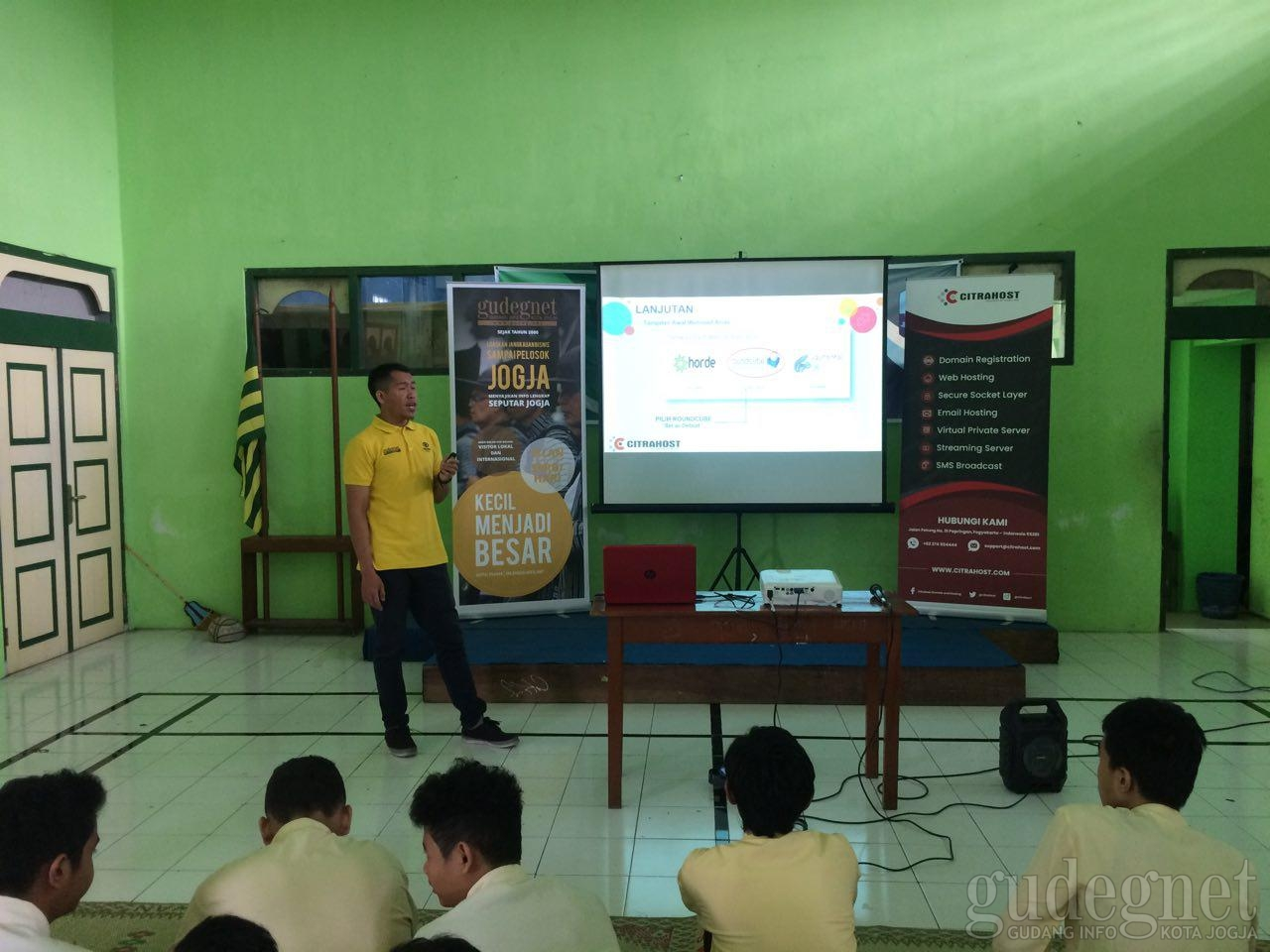 Gelaran Workshop CITRAHOST bagi Pelajar Yogyakarta