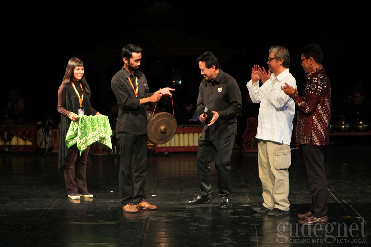 Triawan Munaf Buka Forum Gugus Bagong di PSBK