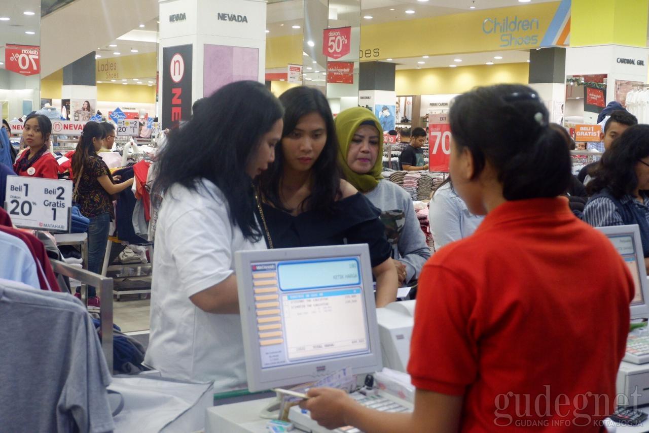 Shopping Surprise Kejutkan Pengunjung JCM