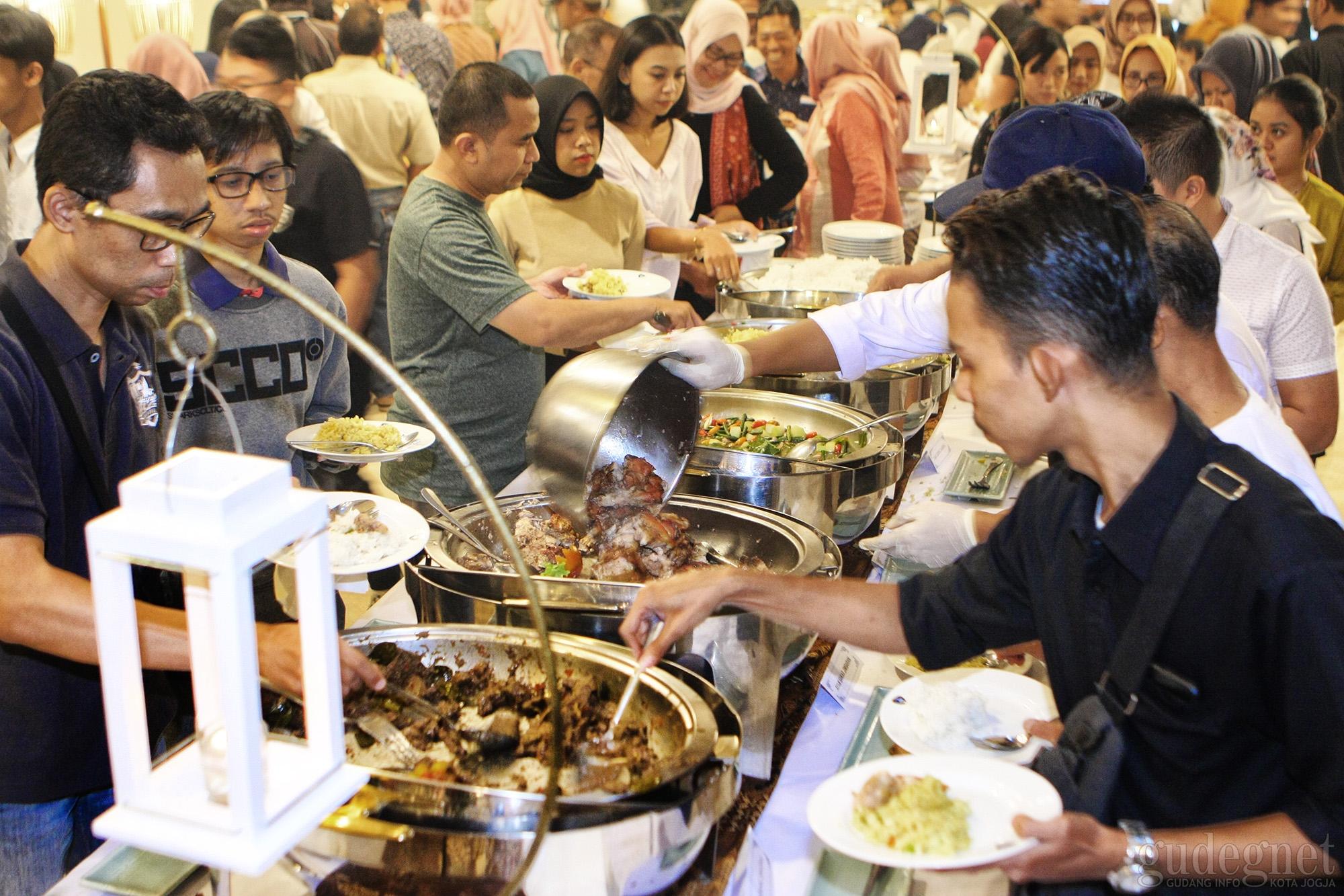 1200 Tamu Nikmati Hidangan Berbuka Puasa Grand Inna Malioboro