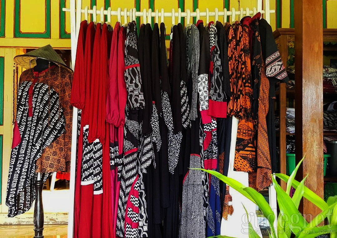 Momen Lebaran, Sogan Batik Luncurkan Koleksi Al Qudsi Al Jawi