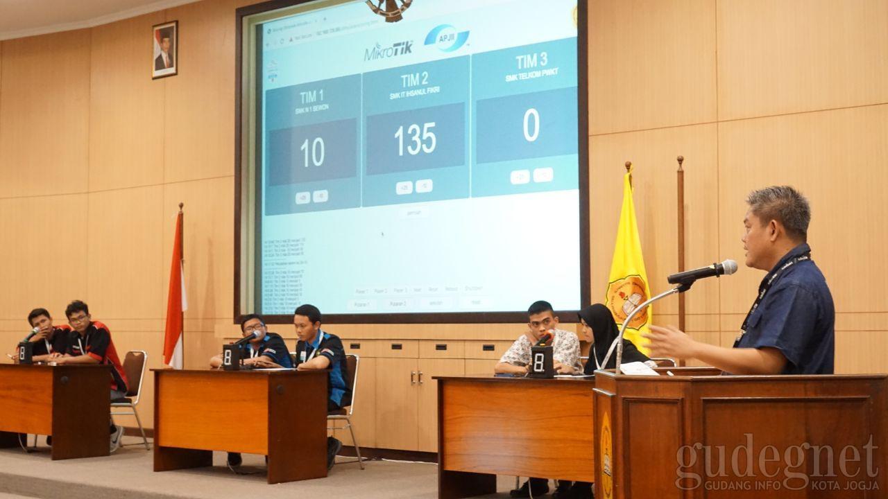 Olimpiade Jaringan Mikrotik-APJII: Putaran Pertama Usai, Cerdas Cermat Berlangsung Alot