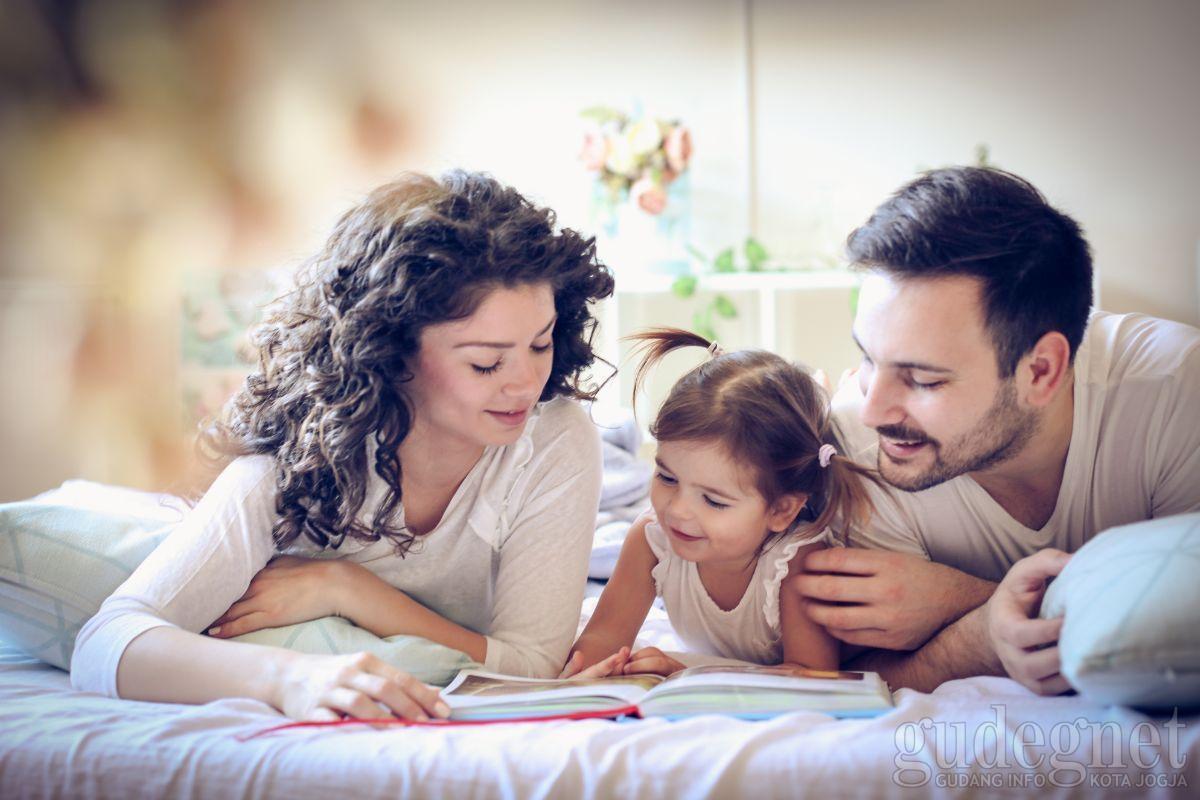 Tips Kembangkan Minat Baca Anak
