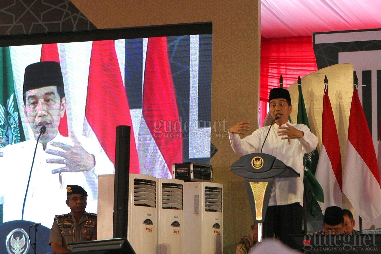 Jokowi Direncanakan Hadiri Vaksinasi Massal DIY