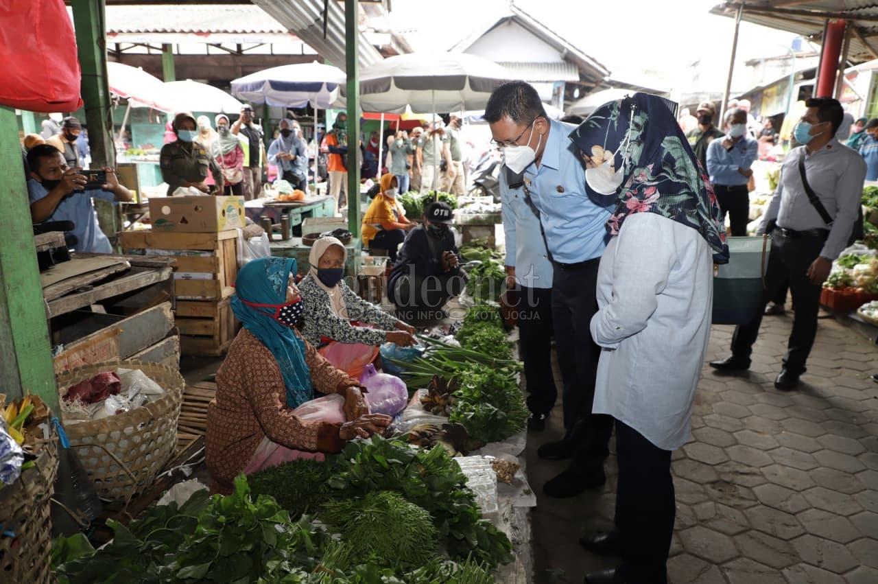 Wabup Sleman Tinjau Harga Pasar Jelang Ramadan, Harga Cabai Masih Pedas