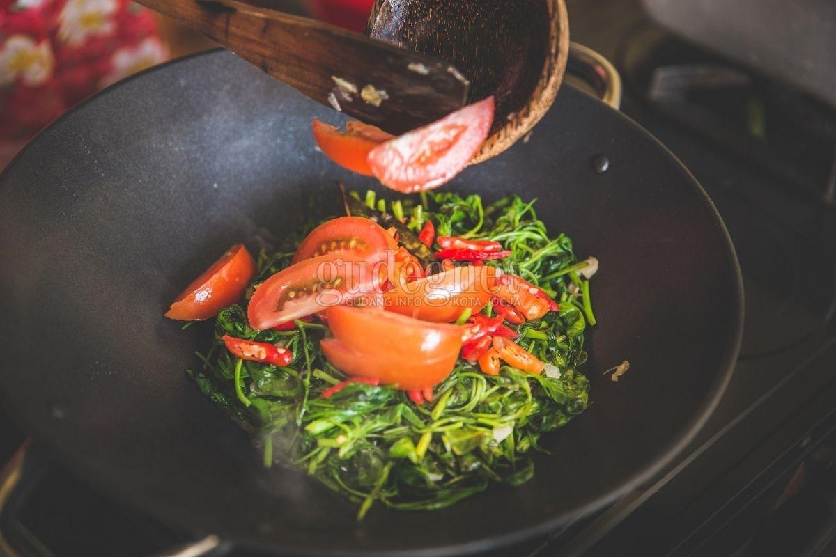 6 Cara Memasak Sayur Agar Nutrisi Tetap Maksimal