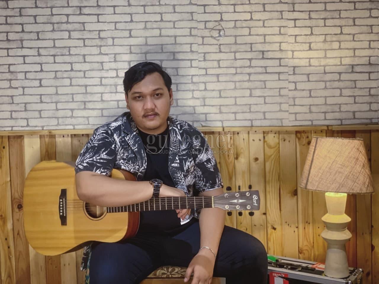 Ndarboy Genk, Sosok di Balik Lagu Viral ''Mendung Tanpo Udan''
