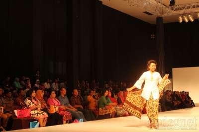 Selama Tiga Hari JFW 2016  Bakal Pamerkan Batik di Yogyakarta