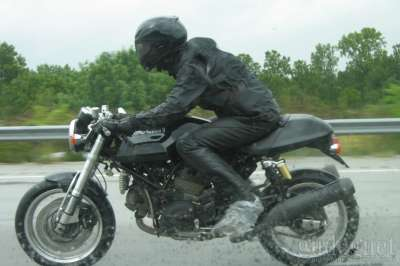 How To Safely Ride Motorbike in The Rain
