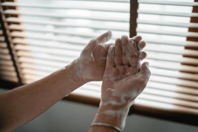 Tips Mengajarkan Cuci Tangan pada Anak