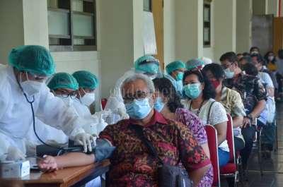 UAJY Gelar Vaksinasi Massal Bersama 4 Kampus dan Komunitas