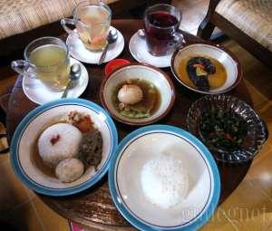 Sedapnya Kuliner ala Rumahan di Tabon Ramak