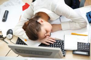 Tips Menjaga Tubuh  Agar Tetap Bugar di Kantor