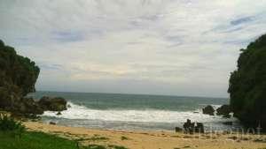 Melancong ke Empat Pantai Ini Dijamin Gak Nyesel