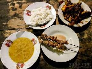 Mencicipi Kuliner Klathak di Jalan Godean
