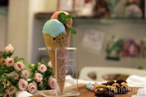 Tips Sehat Makan Ice Cream