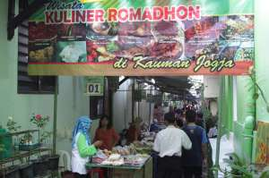 Kuliner ini Ada di Pasar Sore Ramadan Kauman