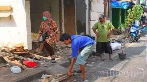 Digusur, Puluhan Pedagang Kios Pasar Kembang Menjerit