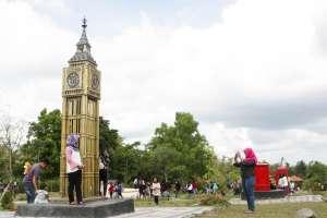 Keliling Dunia di Merapi Park
