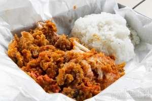 Chicken Crush, Warung Ayam Geprek dalam Kontainer Merah