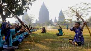 Java Summer Camp Sukses Tularkan Tradisi Lokal