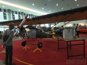 Pesawat Kustom Pertama RI-X WEL Hadir di Kustomfest 2018