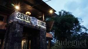 Ngopi Ala King Arthur di Seven Stones Coffee Kingdom