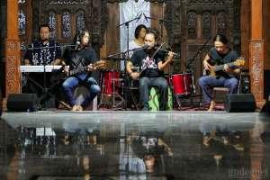 Sirkus Barrock Ramaikan Ramadhan Rukun Rumah Budaya Siliran