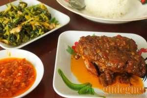 5 Tempat Makan di Jogja Ini Punya Masakan Kaya Rempah, Yuk Dicicip