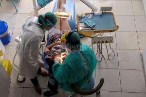 Aman Berkunjung ke Klinik Gigi di Tengah Pandemi, Ini Caranya