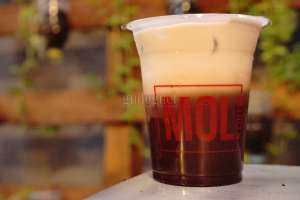 Mol Coffee and Space: Kedai Kopi ''All in One''