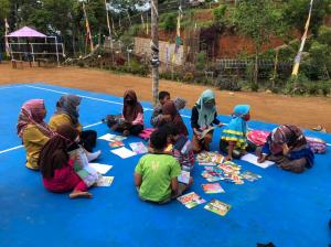 Mahasiswa UNY Gagas Pembelajaran Menyenangkan di Alam Terbuka dalam Kampus Mengajar