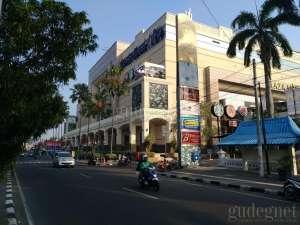 Plaza Ambarrukmo Kembali Buka Tenant Sektor Esensial dan Resto