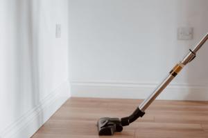 Tips Membersihkan Debu di Rumah
